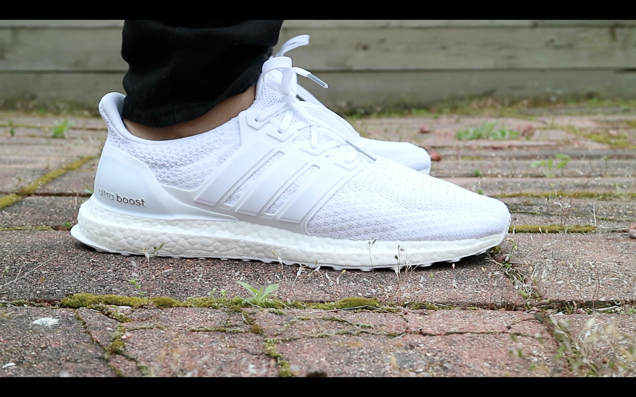 d6ab9897fb59 adidas ultra boost triple white